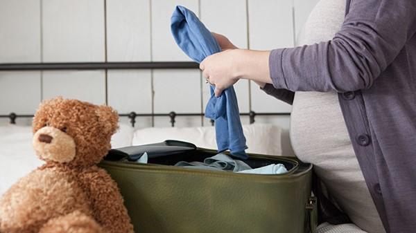 Valigia-per-il-parto-cosa-portare-in-ospedale
